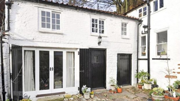 The asking price for the property is £525,000