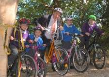 Janette Wickens , Woodland Trust, Laura Parry, Woodland Trust,  Mr Tyers from St Lawrence CofE primary school, Gwyneth McMinn, Sustrans, and Hollie Drake, Hill Holt Wood, foreground: from St Lawrence CofE Primary in Skellingthorpe,  (left to right)  Imogen, Kyla, Oliver and Alex – with the Cllr Reg Shore in centre.