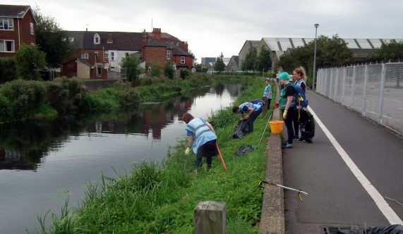 The river banks of the River Witham were cleared of rubbish by River Care volunteers. Photo: River Care