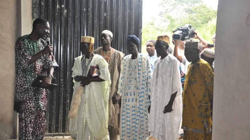 SFM President, Dr Ola Ogunyemi guiding the village elders around the new facility.