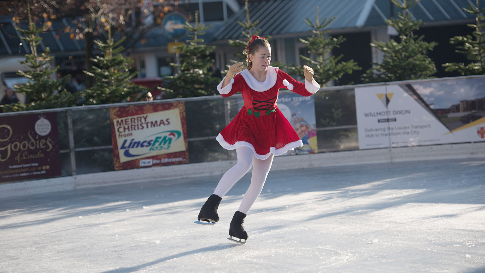 More Than 1 000 Took To Lincoln Ice Rink On Opening Weekend