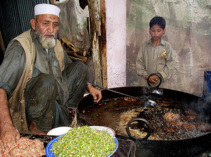 Eating Chapli Kababs in Northern Pakistan