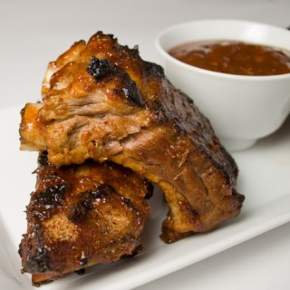 LunaCafe's Grilled Baby Back Ribs with Garlic-Ginger BBQ Glaze