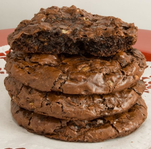 Flourless Choc Cookie Stack  Bittersweet Chocolate & Toasted Walnut Cookies Perfecta Mundo!