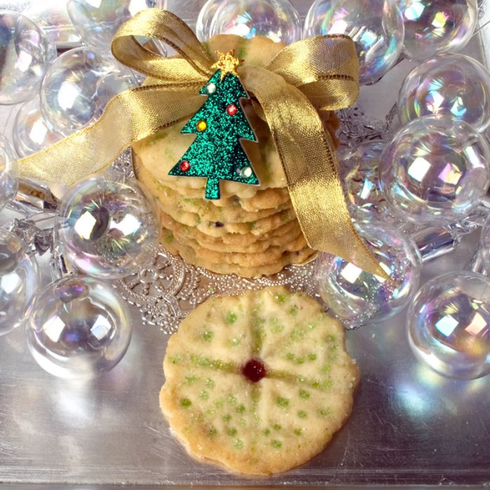 Heavenly brown Butter, Lavender & Lime Cookies Tied with Ribbon