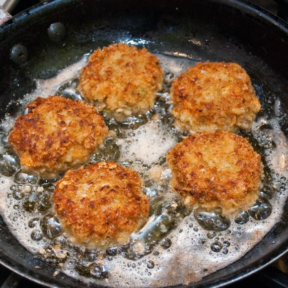 Cooking in the pan Curried Seafood Cakes with Fresh Ginger Aioli