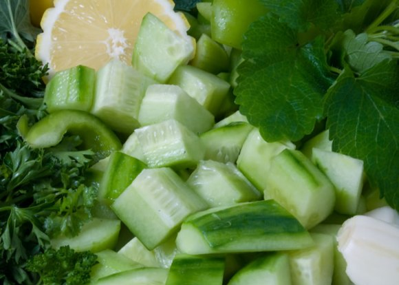 Cucumber parsley mint lemon garlic for Cucmber Gazpacho Spicy Cucumber Gazpacho