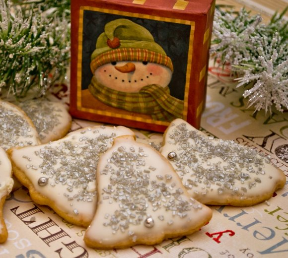 Reviced Snowman Silver Bells (Chinese Five Spice Butter Cookies)