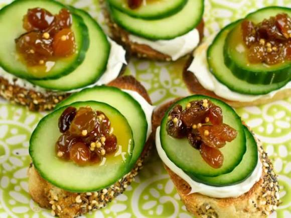 Rasin mustarda and cucumber on toast Golden Raisin Mostarda with a Kick