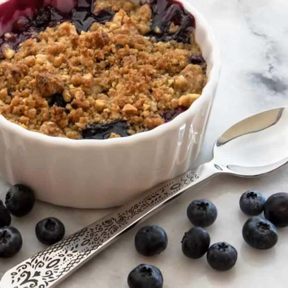 Ginger Lime Peach Blueberry Crisp with Toasted Hazelnut Streusel Ginger Lime Peach & Blueberry Crisp with Toasted Hazelnut Streusel