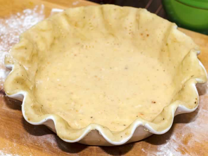 Pumpkin Pie Crust in Pie Pan