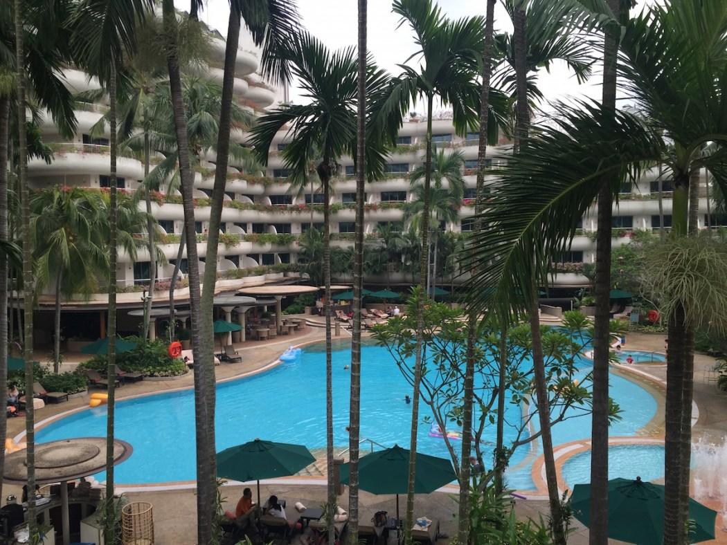 Shangri La Singapore Outdoor Pool
