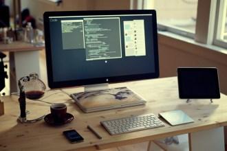 digital nomad desk