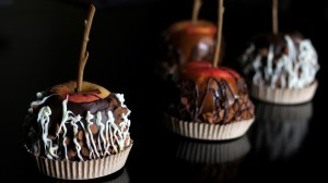 Caramel & Chocolate Apples