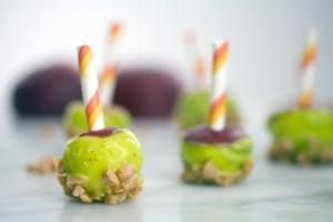 Mini-Caramel-Candy-Apples-11