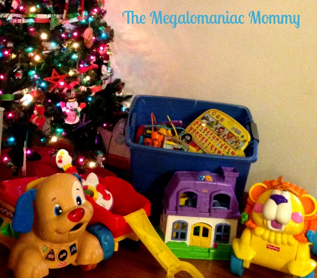 Toy Collection #HoliSPRAY #SmellcometoManhood #OldSpice Old Spice #sponsored