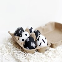 DIY Monochrome Eggs