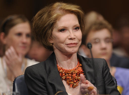This June 24, 2009 file photo shows actress Mary Tyler Moore before the Senate Homeland Security and Governmental Affairs Committee hearing on Type 1 Diabetes Research on Capitol Hill in Washington. Moore died Wednesday, Jan. 25, 2017, at age 80. (AP file photo)