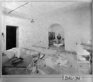 Operating room at Central State Hospital, Milledgeville, GA (1894)