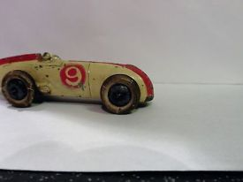 pre-war-dinky-23a-racing-car-with-driver-rare-58691