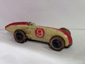 pre-war-dinky-23a-racing-car-with-driver-rare-58695