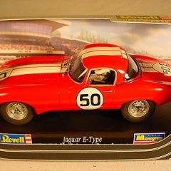 Revell E Type Jaguar #50 Red 08298 MB 1 of 500 1/32 slot car