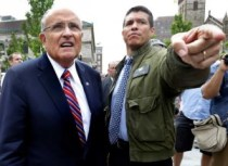 Rudy Giuliani and Gabriel Gomez campaigning in Boston