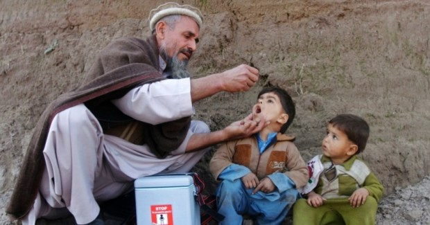 polio-campaign-in-afghanistan-e1434297800260-615x3002x