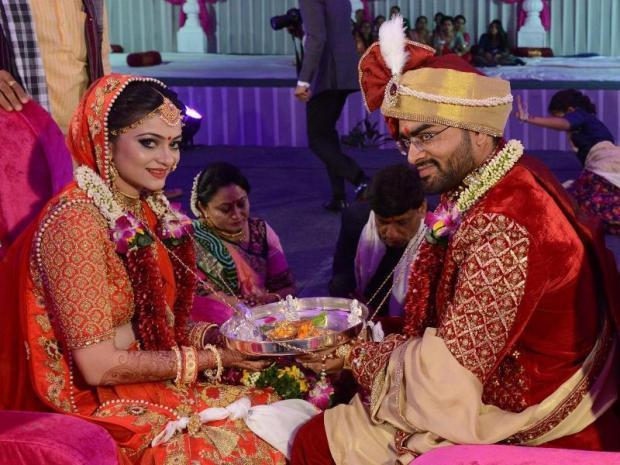 indian-trader-organize-mass-wedding