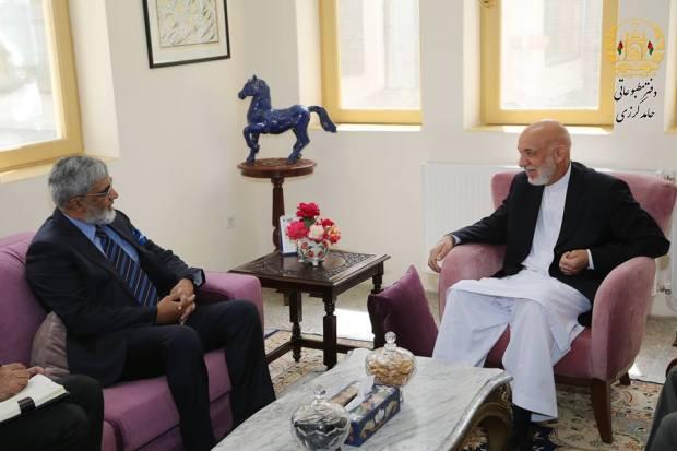 Karzai-meets-Pak-ambassador