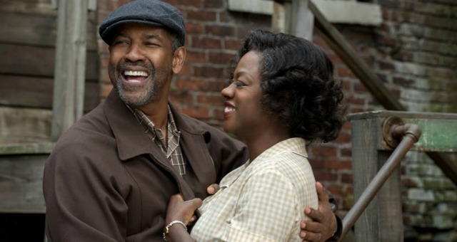 Denzil Washington's Fences Trailer Arrives Online With Oscar Buzz