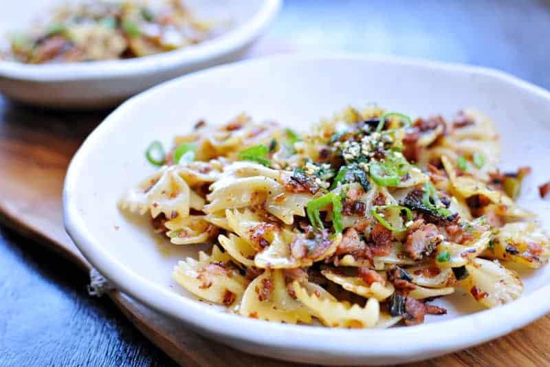 spicy caramelized spam + scallion pasta recipe via thepigandquill.com | #pasta #dinner #recipe #summer