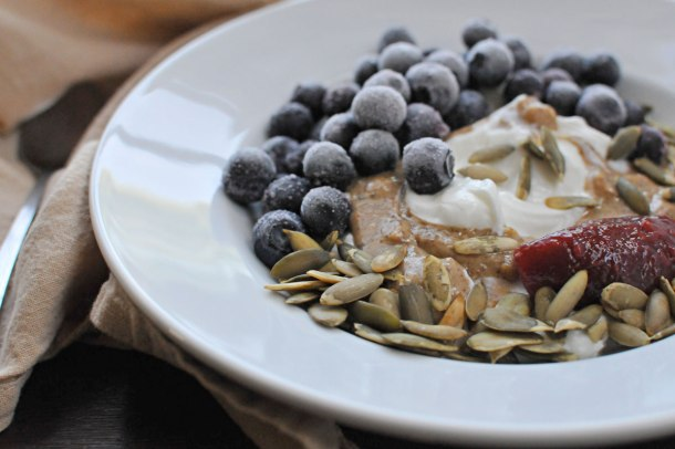 Greek Yogurt Breakfast Bowl | the pig & quill