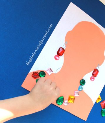 Jewelry craft - make a necklace & earrings - kid's arts & craft activities.