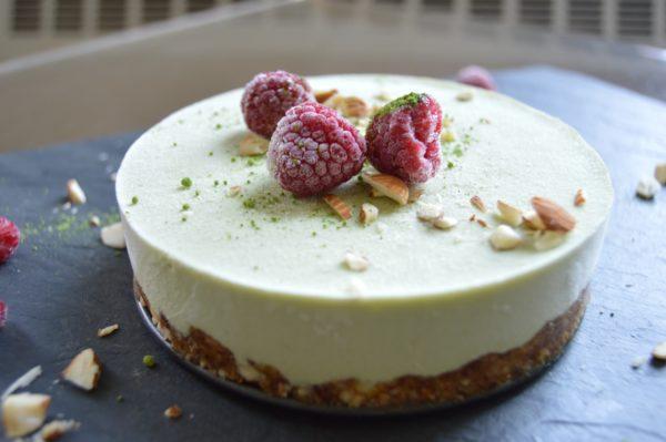 vegan_raspberry_macha_cheese_cake