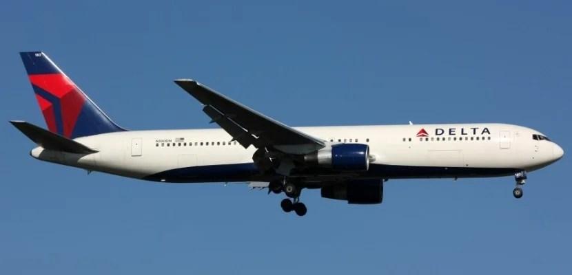 Delta_Airline_Boeing_767-300_N180DN