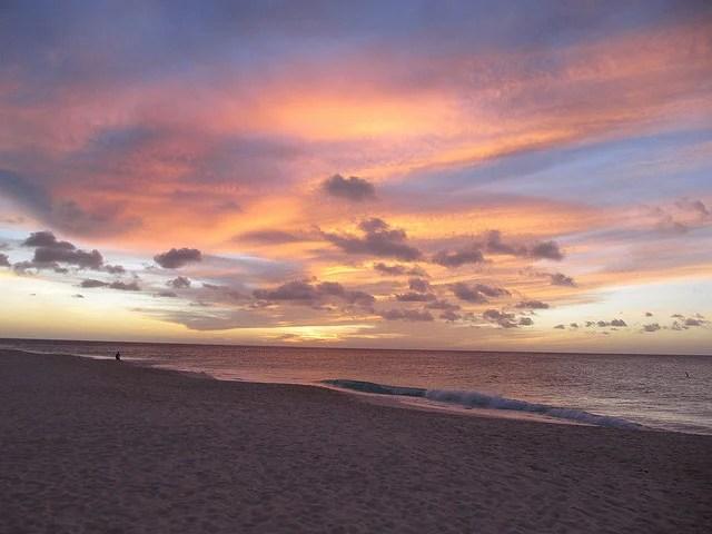 Aruba's Eagle Beach (Photo by Melanie Wynne)
