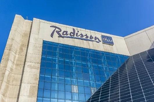 Radisson Blu is part of Club Carlson. Image courtesy of Shutterstock.
