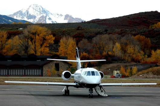 Aspen Airport regional jet