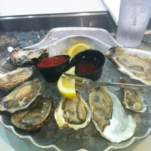 Oysters at the airport? Absolutely, at EWR's Grand Central Oyster Bar