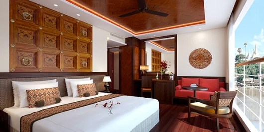Burmese decor in the staterooms on the Avalon Myanmar