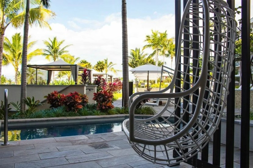 Swing outside the suite by the pool area.