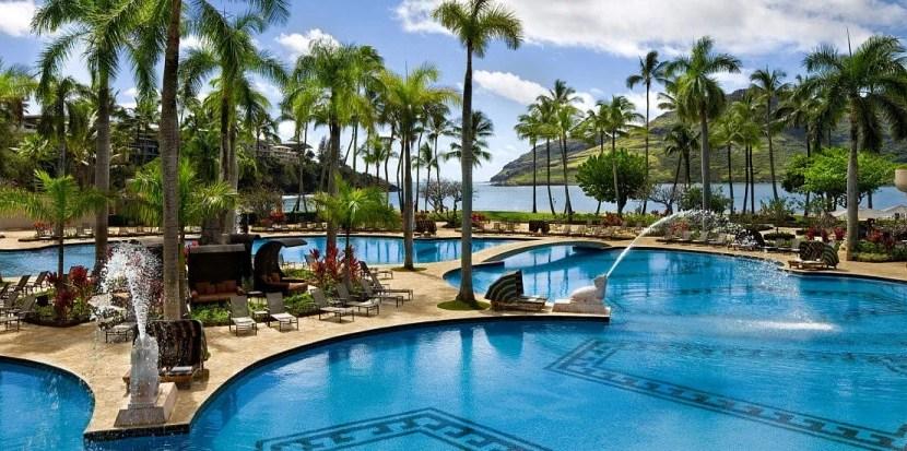 The pool at the Kaui Marriott Resort