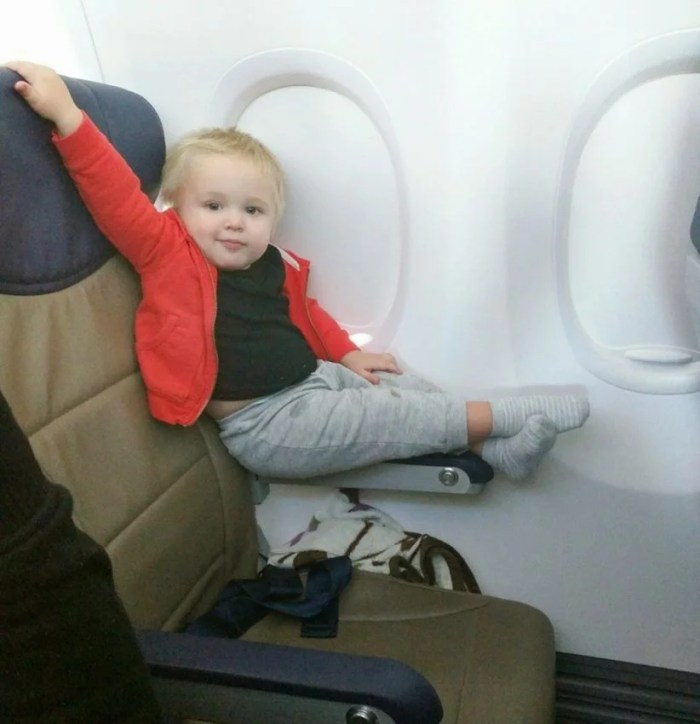 The most irritating kids are high on attitude—and low on parental discipline. Passenger shaming (Passenger Shaming)