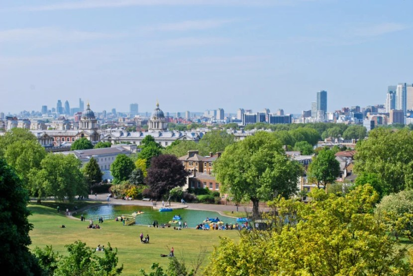Summer in London can be a lush, green affair—like this scene in Greenwich Park. Photo courtesy of Shutterstock.