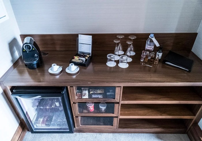 Everything you could want in the room's bar area.