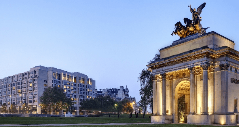 The InterContinental London Park Lane is ideally located in the Mayfair neighborhood.