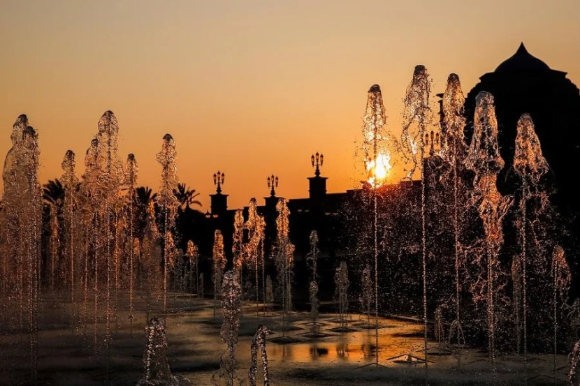 Fountains outside the Emirates Palace Hotel