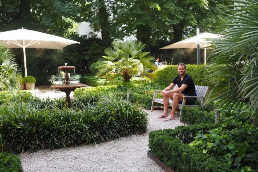 A lovely garden in which to sip some wine.
