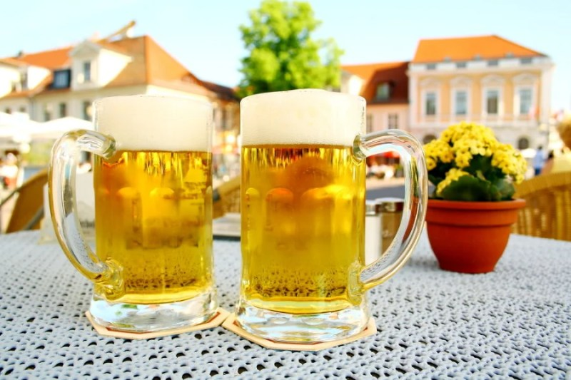 Need information from locals? Beer can help. Photo courtesy of Shutterstock.
